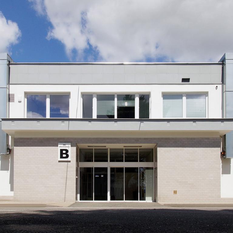 Budova B - vstup